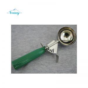 scoop green